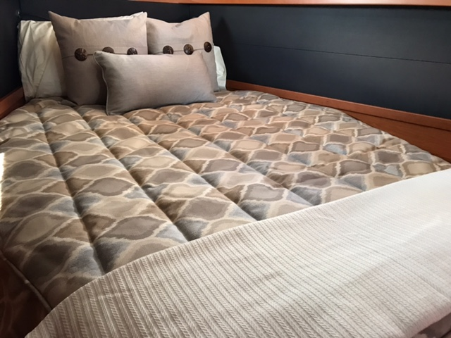 Beneteau Bedding