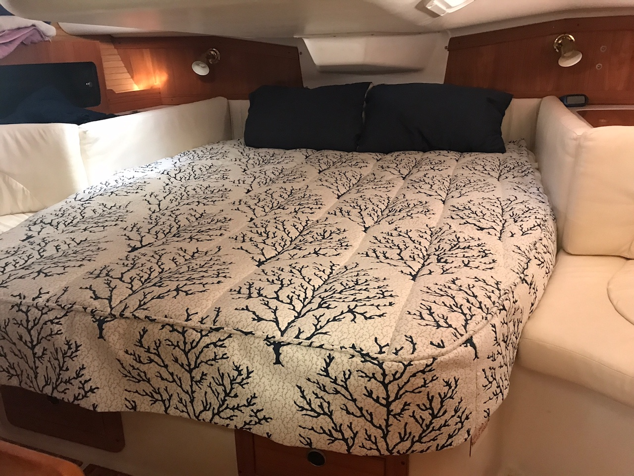 view our best boat bedding package examples fabric choices. Black Bedroom Furniture Sets. Home Design Ideas
