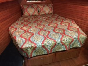 Hunter 49 Bedding