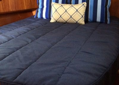 Jeanneau 54DS Bedding