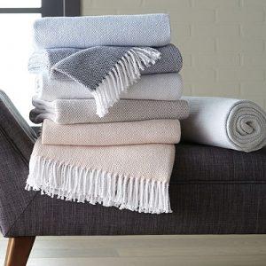 Sferra Terzo Throw Blankets