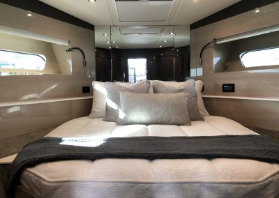 2019 Cruisters 54 Cantius forward custom bedding
