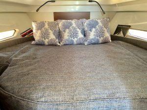Antares 27 Bedding