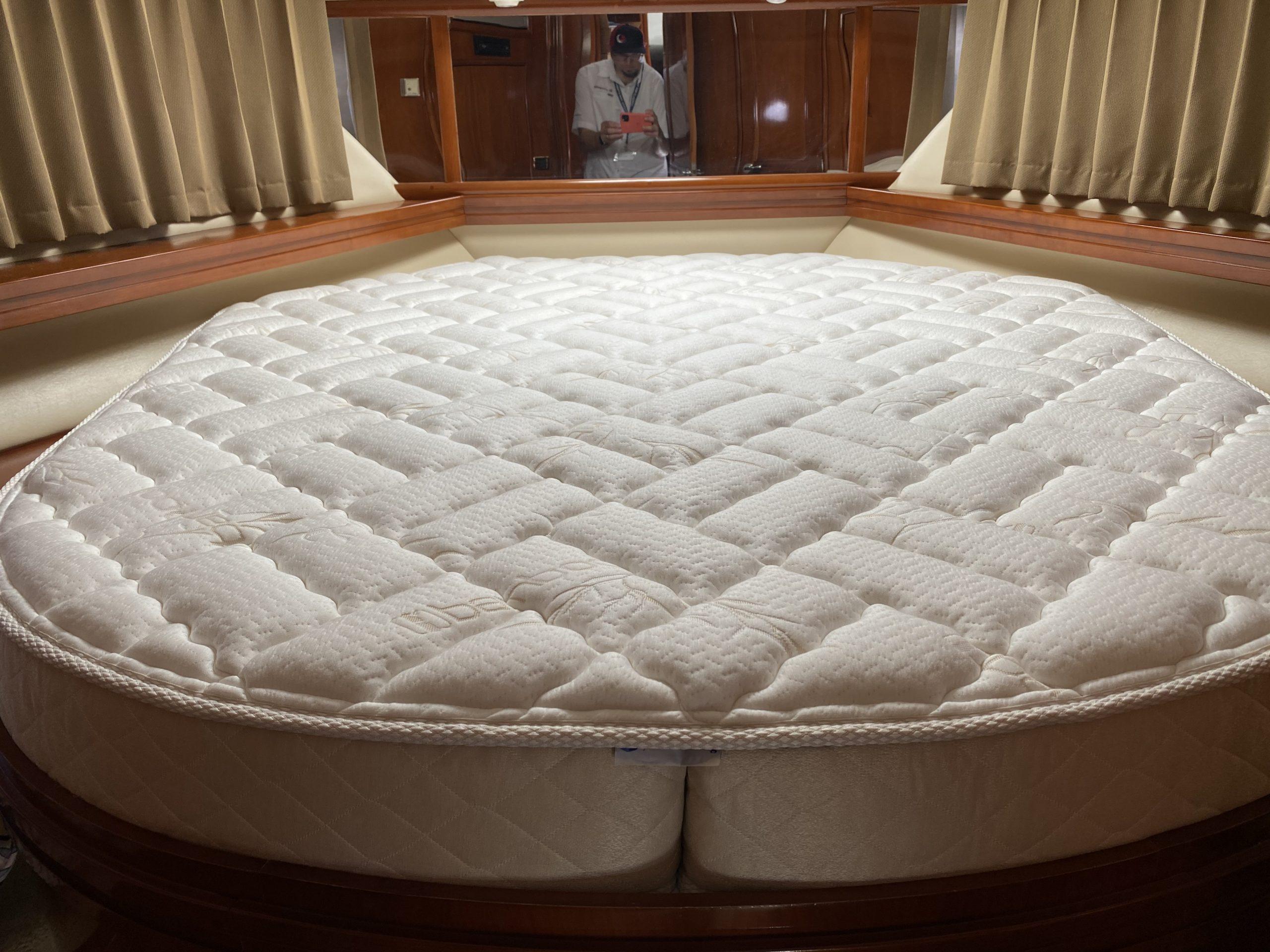 Carver 57 yacht custom mattress