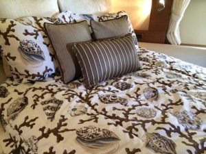 Custom Azimut Bedding
