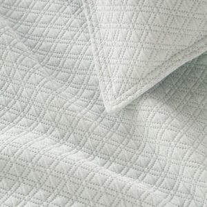 Diamond Matelasse Coverlet