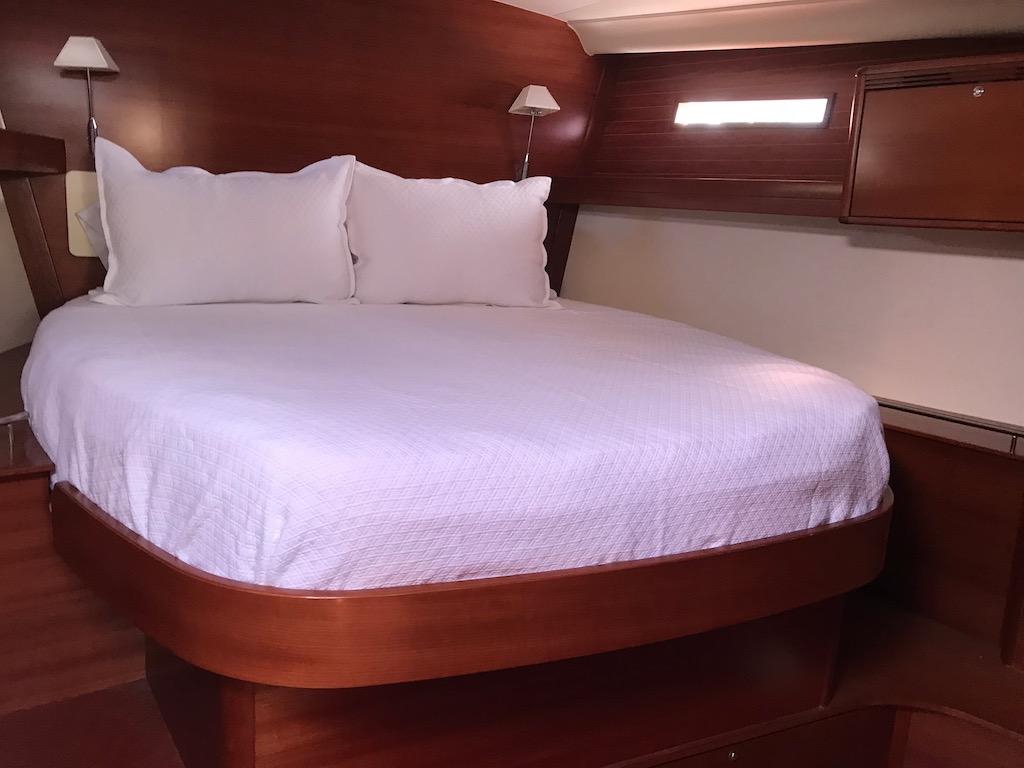 Dufour Yachts 525