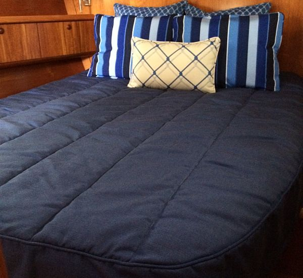 Custom Jeanneau 54DS Bedding
