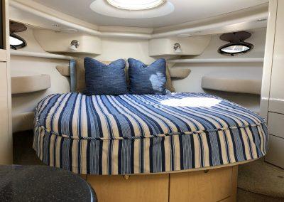 Maxum 3700 boat bedding