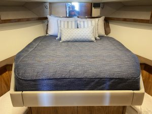 Riveria 445 SUV Bedding