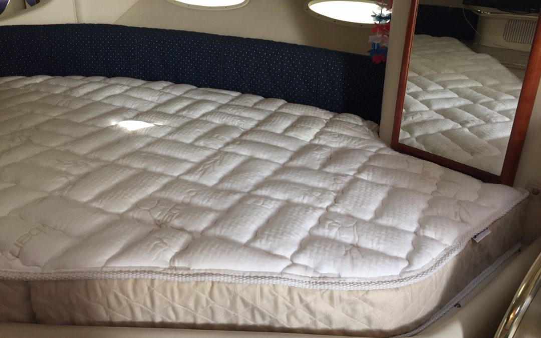 Custom Sea Ray 310 Sundancer Mattress