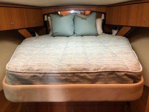 Tiara 4300 Sovran Bedding