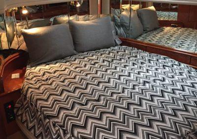 Carver 450 Voyager Bedding