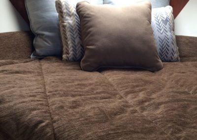 Maxum Bedding